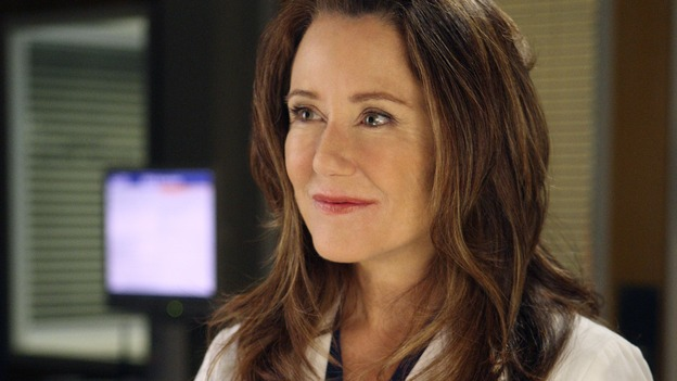 "GREY'S ANATOMY - ""All By Myself"" - Dr. Virginia Dixon, on ""Grey's Anatomy,"" THURSDAY, DECEMBER 4 (9:00-10:01 p.m., ET) on the ABC Television Network. (ABC/CRAIG SJODIN) MARY MCDONNELL"