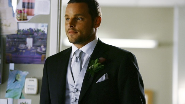 "GREY'S ANATOMY - ""What a Difference a Day Makes"" - Alex shows off his tux to his bride-to-be, on ""Grey's Anatomy,"" THURSDAY, MAY 7 (9:00-10:02 p.m., ET) on the ABC Television Network. (ABC/SCOTT GARFIELD) JUSTIN CHAMBERS"