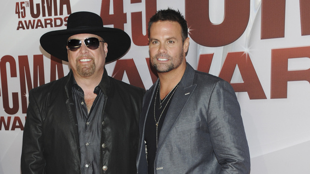 "THE 45th ANNUAL CMA AWARDS - RED CARPET ARRIVALS - ""The 45th Annual CMA Awards"" will broadcast live on ABC from the Bridgestone Arena in Nashville on WEDNESDAY, NOVEMBER 9 (8:00-11:00 p.m., ET). (ABC/JASON KEMPIN)MONTGOMERY GENTRY"