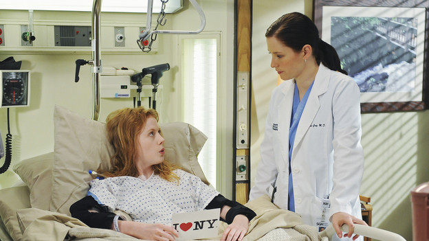 GREY'S ANATOMY - &quot;Goodbye&quot; (ABC/ERIC MCCANDLESS)ZOE BOYLE, CHYLER LEIGH