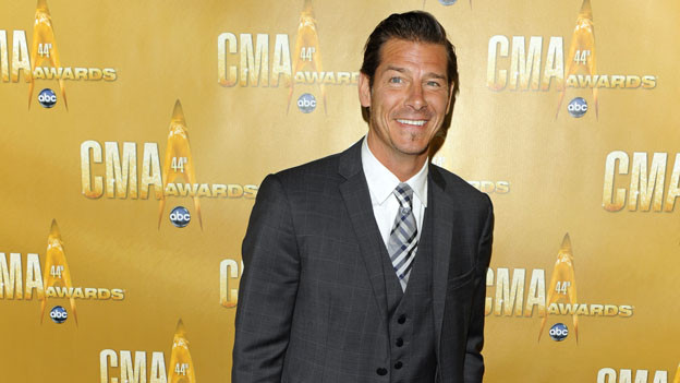 "THE 44TH ANNUAL CMA AWARDS - RED CARPET ARRIVALS - ""The 44th Annual CMA Awards"" will be broadcast live from the Bridgestone Arena in Nashville, WEDNESDAY, NOVEMBER 10 (8:00-11:00 p.m., ET) on the ABC Television Network. (ABC/ANDREW WALKER)TY PENNINGTON"