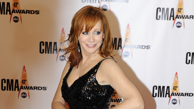 "THE 43rd ANNUAL CMA AWARDS - RED CARPET ARRIVALS - ""The 43rd Annual CMA Awards"" will be broadcast live from the Sommet Center in Nashville, WEDNESDAY, NOVEMBER 11 (8:00-11:00 p.m., ET) on the ABC Television Network. (ABC/DONNA SVENNEVIK)REBA MCENTIRE"