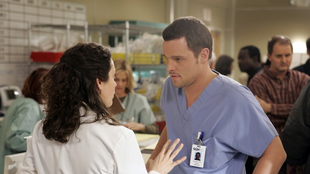 "GREY'S ANATOMY - ""Drowning on Dry Land"" - ""Grey's Anatomy's"" three-episode story arc continues with a part two that will challenge the interns of Seattle Grace -- and ""Grey's"" fans as well -- like never before, THURSDAY, FEBRUARY 15 (9:00-10:01 p.m., ET) on the ABC Television Network. Elizabeth Reaser (Independent Spirit Award nominee for ""Sweet Land"") guest stars as a patient over multiple episodes. (ABC/CRAIG SJODIN)KALI ROCHA, JUSTIN CHAMBERS"