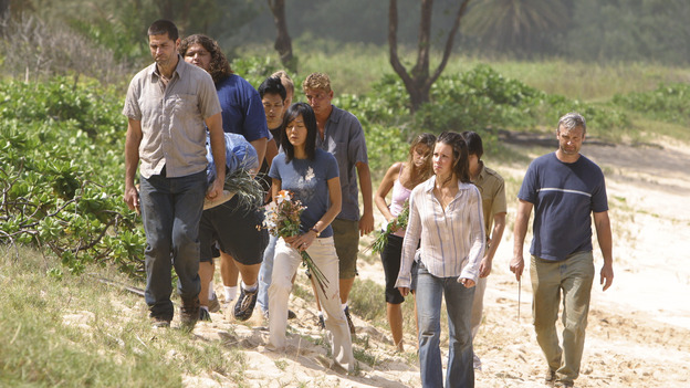 "LOST - ""The Greater Good"" - After burying one of their own, tempers flare as the castaways' suspicions of each other grow, on ""Lost,"" THURSDAY, MAY 4 on the ABC Television Network. (ABC/MARIO PEREZ) MATTHEW FOX, JORGE GARCIA, YUNJIN KIM, EVANGELINE LILLY"