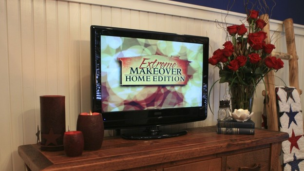 EXTREME MAKEOVER HOME EDITION - &quot;Hampton Family,&quot; - Master Bedroom, on &quot;Extreme Makeover Home Edition,&quot; Sunday, October 4th on the ABC Television Network.