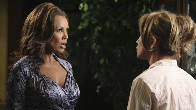 "DESPERATE HOUSEWIVES - ""You Must Meet My Wife"" -  After Renee begins spending a lot of time with Tom, an angry Lynette feels she's trying to sabotage their marriage; Bree fires Keith (Brian Austin Green) without warning when she suddenly finds herself falling for him; Susan is wracked with guilt about lying to Mike about her new, risqu side job; Gabrielle rushes to the hospital after learning that Bree accidentally hit Juanita with the car; and Paul introduces the women of Wisteria Lane to his new wife, on ""Desperate Housewives,"" SUNDAY, OCTOBER 3 (9:00-10:01 p.m., ET) on the ABC Television Network. (ABC/DANNY FELD)VANESSA WILLIAMS, FELICITY HUFFMAN"