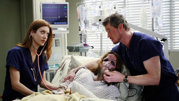 "GREY'S ANATOMY - ""Some Kind of Miracle"" - One person's fight to live affects everyone at Seattle Grace, in the dramatic conclusion to ""Grey's Anatomy's"" three-episode story arc. ""Some Kind of Miracle"" airs THURSDAY, FEBRUARY 22 (9:00-10:01 p.m., ET) on the ABC Television Network. Elizabeth Reaser (Independent Spirit Award nominee for ""Sweet Land"") guest stars as a patient. (ABC/RON TOM)KATE WALSH, ELIZABETH REASER, ERIC DANE"