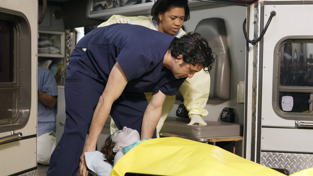 "GREY'S ANATOMY - ""Drowning on Dry Land"" - ""Grey's Anatomy's"" three-episode story arc continues with a part two that will challenge the interns of Seattle Grace -- and ""Grey's"" fans as well -- like never before, THURSDAY, FEBRUARY 15 (9:00-10:01 p.m., ET) on the ABC Television Network. Elizabeth Reaser (Independent Spirit Award nominee for ""Sweet Land"") guest stars as a patient over multiple episodes. (ABC/CRAIG SJODIN)ELLEN POMPEO, PATRICK DEMPSEY, CHANDRA WILSON"