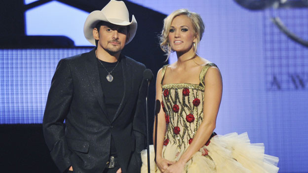 THE 44TH ANNUAL CMA AWARDS - THEATRE - &quot;The 44th Annual CMA Awards&quot; were broadcast live from the Bridgestone Arena in Nashville, WEDNESDAY, NOVEMBER 10 (8:00-11:00 p.m., ET) on the ABC Television Network. (ABC/KATHERINE BOMBOY)BRAD PAISLEY, CARRIE UNDERWOOD