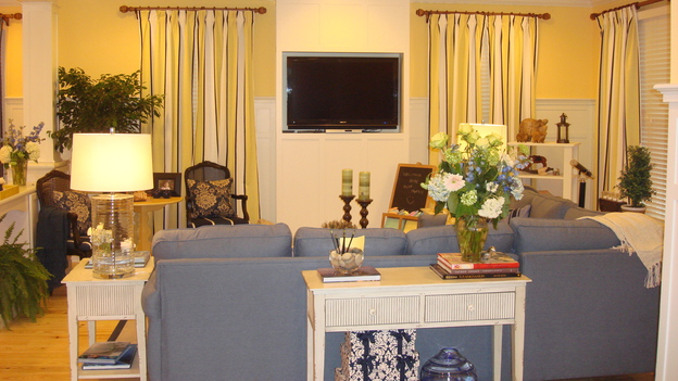 EXTREME MAKEOVER HOME EDITION - &quot;Silva Family,&quot; - Living Room, on &quot;Extreme Makeover Home Edition,&quot; Sunday, May 4th on the ABC Television Network.