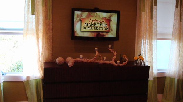 "EXTREME MAKEOVER HOME EDITION - ""Nickless Family,"" - Master Bedroom, on ""Extreme Makeover Home Edition,"" Sunday, November 30th on the ABC Television Network."
