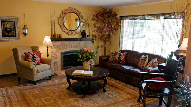 EXTREME MAKEOVER HOME EDITION - &quot;Grinnan Family,&quot; - Living Room, on &quot;Extreme Makeover Home Edition,&quot; Sunday, October 17th on the ABC Television Network.