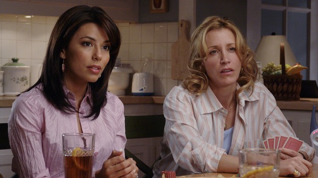"DESPERATE HOUSEWIVES - ""The Ladies Who Lunch"" - Maisy Gibbons' (guest star Sharon Lawrence) series of unfortunate events shock the residents of Wisteria Lane, and have unexpected consequences for Bree; Gabrielle faces a crisis of her own when her sewer system goes out and she doesn't have the money to fix it; and Lynette braves a scandal herself when it's rumored that the twins started the school's head lice epidemic. Meanwhile, as Susan sinks into depression over her breakup with Mike, she finds a surprising ally, on ""Desperate Housewives,"" SUNDAY, XXXXXX (9:00-10:02 p.m., ET) on the ABC Television Network. (ABC/DANNY FELD) EVA LONGORIA, FELICITY HUFFMAN"