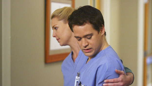 GREY'S ANATOMY - &quot;Great Expectations&quot; - While rumors of the Chief's departure spread among the hospital staff, Bailey proposes the creation of a free clinic, and a Seattle Grace doctor receives a proposal of a different sort, on &quot;Grey's Anatomy,&quot; THURSDAY, JANUARY 25 (9:00-10:01 p.m., ET) on the ABC Television Network. (ABC/SCOTT GARFIELD)KATHERINE HEIGL, T.R. KNIGHT