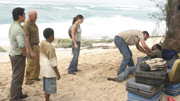 "LOST - ""Born to Run"" - Jack suspects foul play when Michael becomes violently ill while building the raft, on ""Lost,"" THURSDAY, MAY 11 on the ABC Television Network. (ABC/MARIO PEREZ) DANIEL DAE KIM, TERRY O' QUINN, MALCOLM DAVID KELLEY, EVANGELINE LILLY, MATTHEW FOX, HAROLD PERRINEAU"