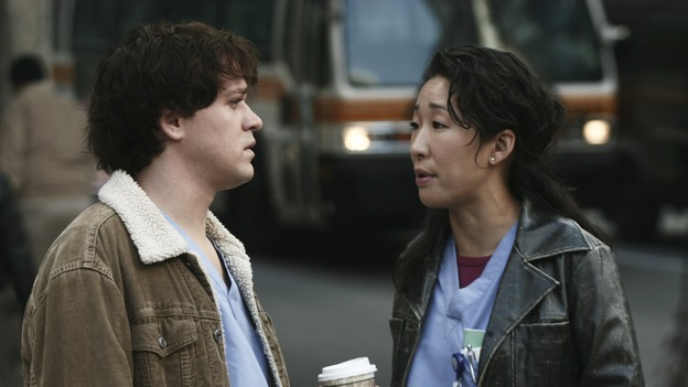 GREY'S ANATOMY - &quot;Let It Be&quot; (ABC/SCOTT GARFIELD)T.R. KNIGHT, SANDRA OH