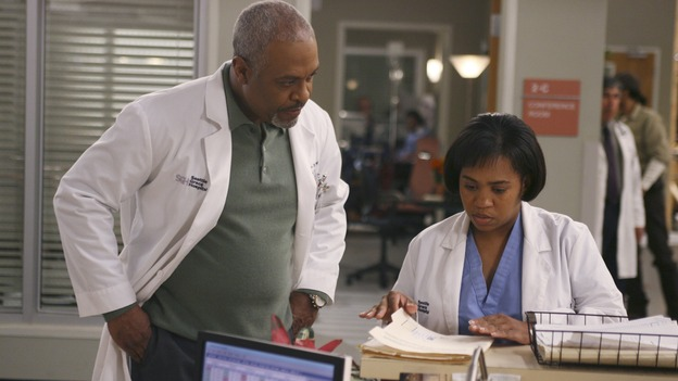 GREY'S ANATOMY - In the first hour of part two of the season finale of ABC's &quot;Grey's Anatomy&quot; -- &quot;Deterioration of the Fight or Flight Response&quot; -- Izzie and George attend to Denny as the pressure increases to find him a new heart, Cristina suddenly finds herself in charge of an ER, and Derek grapples with the realization that the life of a friend is in his hands. In the second hour, &quot;Losing My Religion,&quot; Richard goes into interrogation mode about a patient's condition, Callie confronts George about his feelings for her, and Meredith and Derek meet about Doc. Part two of the season finale of &quot;Grey's Anatomy&quot; airs MONDAY, MAY 15 (9:00-11:00 p.m., ET) on the ABC Television Network. (ABC/SCOTT GARFIELD)JAMES PICKENS, JR., CHANDRA WILSON