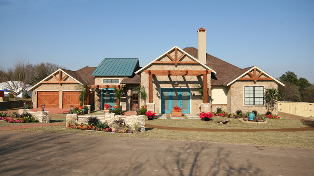 "EXTREME MAKEOVER HOME EDITION - ""Carr Family,"" - Exterior, on ""Extreme Makeover Home Edition,"" Sunday, May 2nd (8:00-9:00 p.m. ET/PT) on the ABC Television Network."