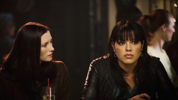 "GREY'S ANATOMY - ""Beat Your Heart Out"" - Lexie tries to cheer Callie up at Joe's Bar, on ""Grey's Anatomy,"" THURSDAY, FEBRUARY 5 (9:00-10:02 p.m., ET) on the ABC Television Network. (ABC/RANDY HOLMES) CHYLER LEIGH, SARA RAMIREZ"