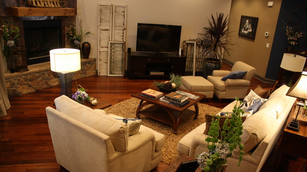 EXTREME MAKEOVER HOME EDITION - &quot;Mattingly Family,&quot; - Living Room, on &quot;Extreme Makeover Home Edition,&quot; Sunday, November 1st, on the ABC Television Network.