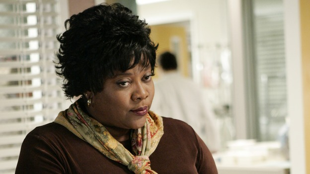 "103276_6635 -- GREY'S ANATOMY - ""ENOUGH IS ENOUGH"" (ABC/CRAIG SJODIN)LORETTA DEVINE"