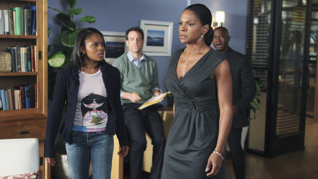 "PRIVATE PRACTICE - ""Best Laid Plans"" - Sam and Naomi are stunned by Maya's shocking announcement, and Naomi's irrational response leaves Sam to pick up the pieces, as Pete challenges Fife on a patient with a cutting edge bionic arm, on ""Private Practice,"" THURSDAY, JANUARY 21 (10:01-11:00 p.m., ET) on the ABC Television Network. (ABC/ADAM LARKEY)GEFFRI MAYA, PAUL ADELSTEIN, AUDRA McDONALD, TAYE DIGGS"