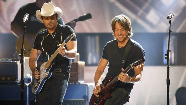 THE 42ND ANNUAL CMA AWARDS - THEATRE - &quot;The 42nd Annual CMA Awards&quot; aired live from the Sommet Center in Nashville, WEDNESDAY, NOVEMBER 12 (8:00-11:00 p.m., ET) on the ABC Television Network. (ABC/CHRIS HOLLO)BRAD PAISLEY, KEITH URBAN