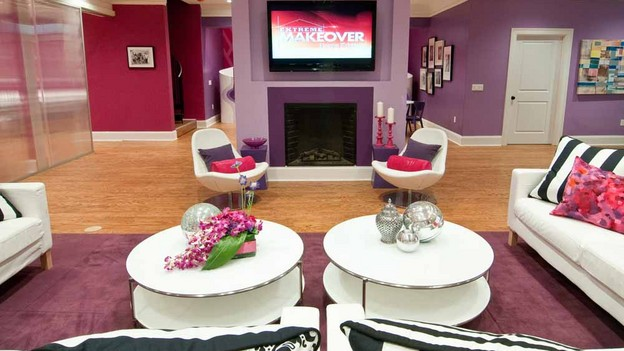 "EXTREME MAKEOVER HOME EDITION - ""Boys Hope/Girls Hope,"" - Living Room Pictures, on ""Extreme Makeover Home Edition,"" Sunday, September 26th (7:00-9:00 p.m. ET/PT) on the ABC Television Network."