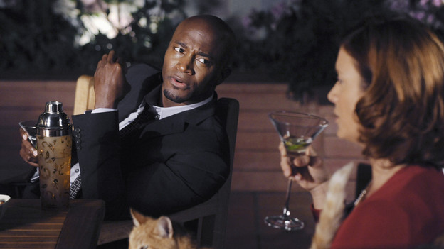 PRIVATE PRACTICE - &quot;Blowups&quot; - Two back-to-back episodes of &quot;Private Practice&quot; air on THURSDAY, DECEMBER 3. In the second episode, &quot;Blowups&quot; (10:00-11:00 p.m.), a terrible explosion at Dell's house lands Betsey and Heather in the hospital, and everyone is pushed to the limit trying to save their lives. Tensions rise even higher between Addison and The Captain when her mother, Bizzy, shows up and a shocking family secret is revealed. (ABC/ERIC MCCANDLESS)TAYE DIGGS, KATE WALSH