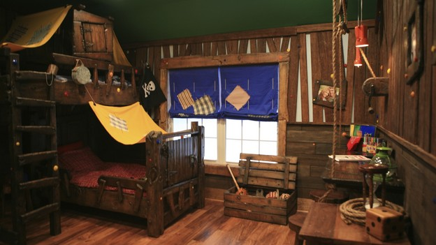 "EXTREME MAKEOVER HOME EDITION - ""Beach Family,"" - Extreme Fort Room Pictures, on ""Extreme Makeover Home Edition,"" Sunday, April 4th (8:00-10:00 p.m. ET/PT) on the ABC Television Network."
