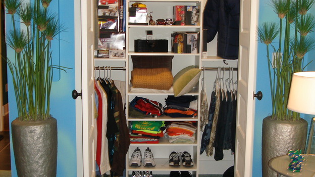 "EXTREME MAKEOVER HOME EDITION - ""Oatman-Gaitan Family"" - Closet, on ""Extreme Makeover Home Edition,"" Sunday, May 20th on the ABC Television Network."