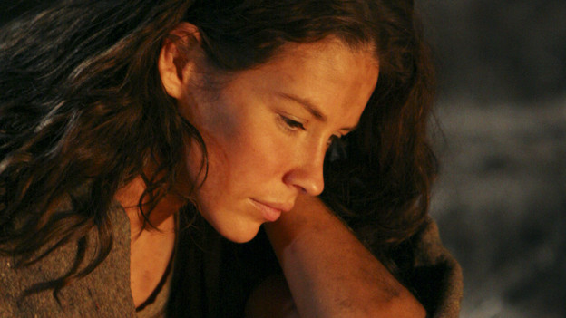 "LOST - ""Recon"" - Locke tasks Sawyer with a mission, on ""Lost,"" TUESDAY, MARCH 23 (9:00-10:00 p.m., ET) on the ABC Television Network.  (ABC/MARIO PEREZ)EVANGELINE LILLY"