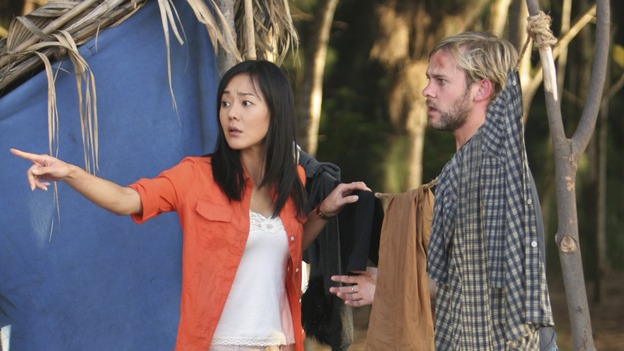 LOST - &quot;Fire &amp; Water&quot; (ABC/MARIO PEREZ)YUNJIN KIM, DOMINIC MONAGHAN