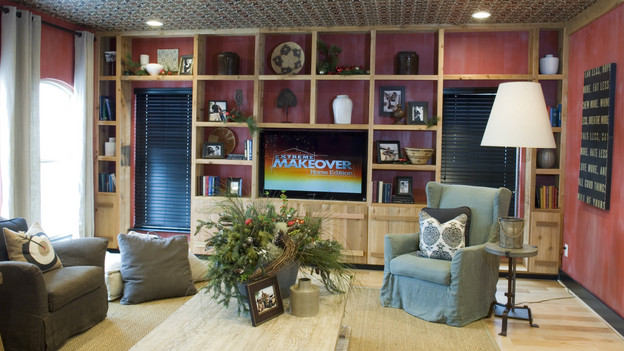 EXTREME MAKEOVER HOME EDITION - &quot;Gaston Family,&quot; - Living Room Picture, on  &quot;Extreme Makeover Home Edition,&quot; Sunday, December 12th (8:00-9:00 p.m.  ET/PT) on the ABC Television Network.