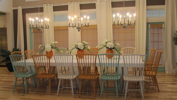 EXTREME MAKEOVER HOME EDITION - &quot;Beach Family,&quot; - Dining Room, on &quot;Extreme Makeover Home Edition,&quot; Sunday, April 4th (8:00-10:00 p.m. ET/PT) on the ABC Television Network.