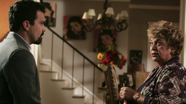 "DESPERATE HOUSEWIVES - ""COME IN, STRANGER"" (ABC/VIVIAN ZINK) RICARDO ANTONIO CHAVIRA, LUPE ONTIVEROS"