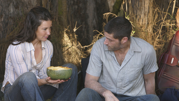 "LOST - ""The Greater Good"" - Jack and Kate. After burying one of their own, tempers flare as the castaways' suspicions of each other grow, on ""Lost,"" THURSDAY, MAY 4 on the ABC Television Network. (ABC/MARIO PEREZ) EVANGELINE LILLY, MATTHEW FOX"