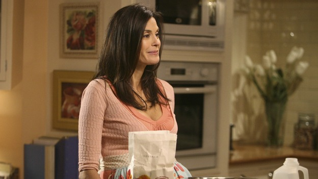"DESPERATE HOUSEWIVES - ""Mother Said"" - Adele Delfino, Susan's mother-in-law, arrives for a visit, on Desperate Housewives,"" SUNDAY, MAY 11 (9:00-10:02 p.m., ET) on the ABC Television Network.  (ABC/DANNY FELD) TERI HATCHER"