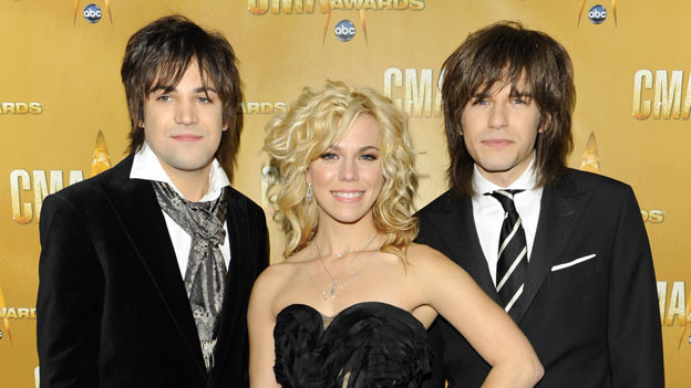 THE 44TH ANNUAL CMA AWARDS - RED CARPET ARRIVALS - &quot;The 44th Annual CMA Awards&quot; will be broadcast live from the Bridgestone Arena in Nashville, WEDNESDAY, NOVEMBER 10 (8:00-11:00 p.m., ET) on the ABC Television Network. (ABC/ANDREW WALKER)THE BAND PERRY