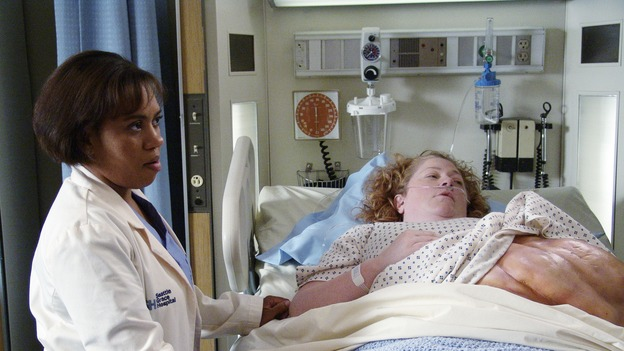 "101810_111 -- COMPLICATIONS - ""IF TOMORROW NEVER COMES"" (ABC/ DANNY FELD)CHANDRA WILSON, ALEX ALEXANDER"