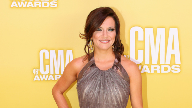 "THE 46TH ANNUAL CMA AWARDS - RED CARPET ARRIVALS - ""The 46th Annual CMA Awards"" airs live THURSDAY, NOVEMBER 1 (8:00-11:00 p.m., ET) on ABC live from the Bridgestone Arena in Nashville, Tennessee. (ABC/SARA KAUSS)MIRANDA LAMBERT"