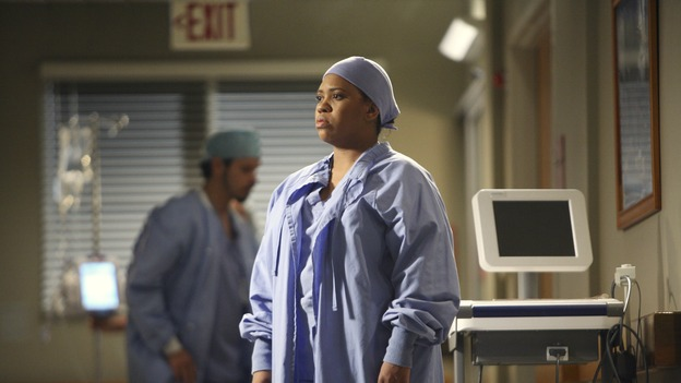 "GREY'S ANATOMY - ""Great Expectations"" - While rumors of the Chief's departure spread among the hospital staff, Bailey proposes the creation of a free clinic, and a Seattle Grace doctor receives a proposal of a different sort, on ""Grey's Anatomy,"" THURSDAY, JANUARY 25 (9:00-10:01 p.m., ET) on the ABC Television Network. (ABC/DANNY FELD)CHANDRA WILSON"