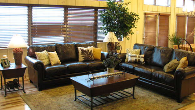 EXTREME MAKEOVER HOME EDITION - &quot;Rogers Family,&quot; - Living Room, on &quot;Extreme Makeover Home Edition,&quot; Sunday, September 24th on the ABC Television Network.