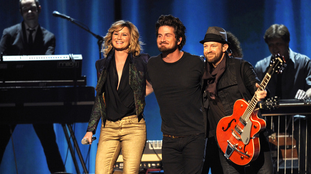 "THE 45th ANNUAL CMA AWARDS - THEATRE - ""The 45th Annual CMA Awards"" broadcast live on ABC from the Bridgestone Arena in Nashville on WEDNESDAY, NOVEMBER 9 (8:00-11:00 p.m., ET). (ABC/KATHERINE BOMBOY-THORNTON)SUGARLAND, MATT NATHANSON"