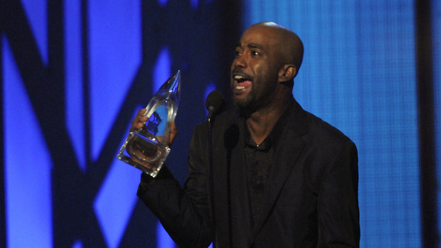 "THE 43rd ANNUAL CMA AWARDS - THEATRE - ""The 43rd Annual CMA Awards"" broadcast live from the Sommet Center in Nashville, WEDNESDAY, NOVEMBER 11 (8:00-11:00 p.m., ET) on the ABC Television Network. (ABC/KATHERINE BOMBOY)DARIUS RUCKER"