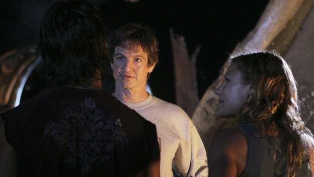 "LOST - ""Expos"" - Hurley begins to suspect that Sawyer may be involved in an island mystery surrounding two fellow survivors, and Sun learns the truth about her past kidnapping attempt by ""The Others,"" on ""Lost,"" WEDNESDAY, MARCH 28 (10:00-11:00 p.m., ET), on the ABC Television Network. (ABC/MARIO PEREZ)RODRIGO SANTORO, WILLIAM MAPOTHER, KIELE SANCHEZ"