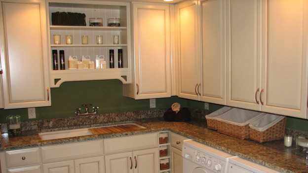 "EXTREME MAKEOVER HOME EDITION - ""Fullerton-Machacek Family,"" - Laundry Rooms, on ""Extreme Makeover Home Edition,"" Sunday, January 7th on the ABC Television Network."