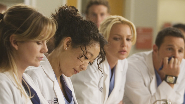"GREY'S ANATOMY - ""Brave New World"" - The residents decide which of their interns to give to George, on ""Grey's Anatomy,"" THURSDAY, OCTOBER 16 (9:00-10:01 p.m., ET) on the ABC Television Network. (ABC/RANDY HOLMES) ELLEN POMPEO, SANDRA OH, KATHERINE HEIGL, JUSTIN CHAMBERS"