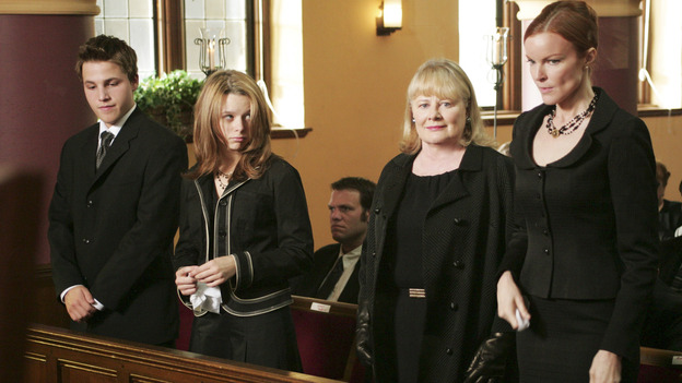 "DESPERATE HOUSEWIVES ""Next"" - The Van de Kamp clan at Rex's funeral - (ABC/VIVIAN ZINK) SHAWN PYFROM, JOY LAUREN, SHIRLEY KNIGHT, MARCIA CROSS"