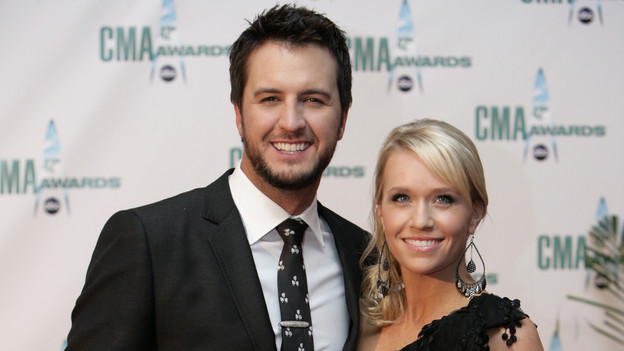 "THE 42ND ANNUAL CMA AWARDS - ARRIVALS - ""The 42nd Annual CMA Awards"" will be broadcast live from the Sommet Center in Nashville, WEDNESDAY, NOVEMBER 12 (8:00-11:00 p.m., ET) on the ABC Television Network. (ABC/ADAM LARKEY)LUKE BRYAN"